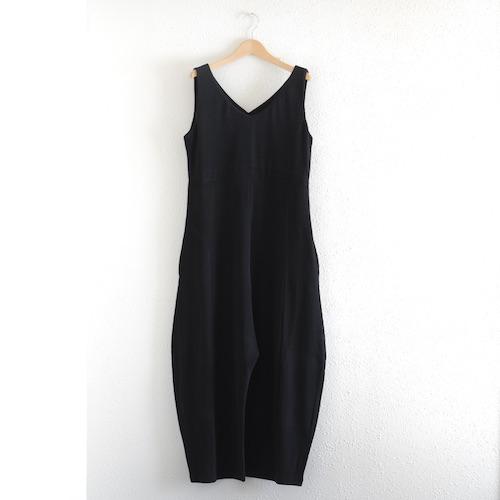 イタリアのファッションブランドNEIRAMIネイラミのソフトコットンワイドサロペット Black